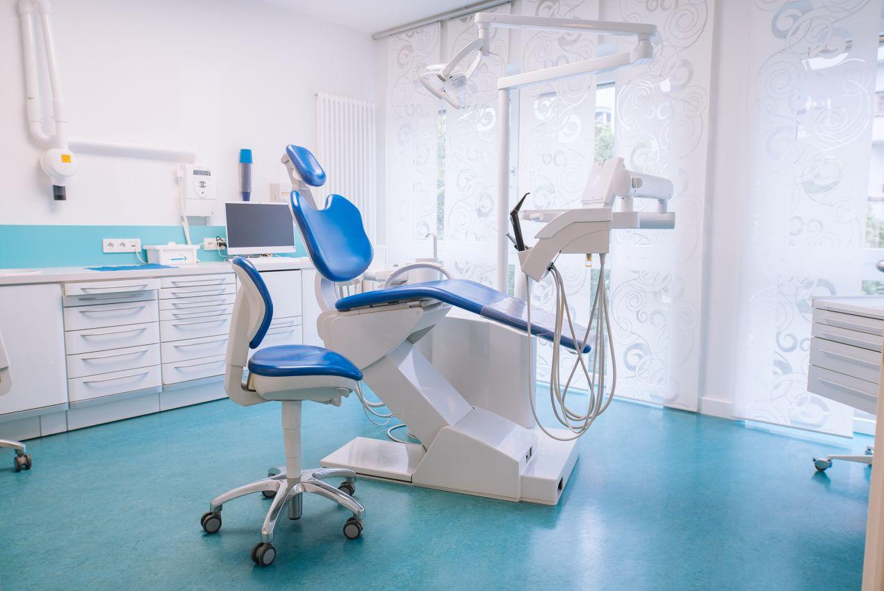 Behandlungsraum zahnarztpraxis b18 gesundheitszentrum wilmersdorf